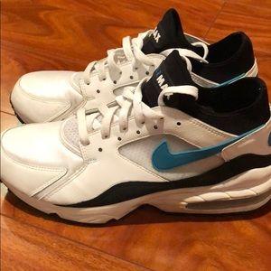 Nike Air Max 93 sample pair